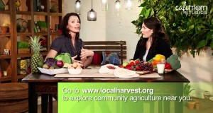 Buying-Organic-Buying-Local-Going-Green-at-the-Grocery-Store-Mom-Ed-Green-Living-Episode-7